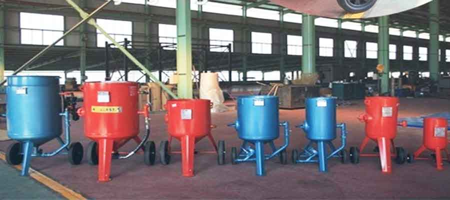 Sand Blasting Machine with Different Sizes